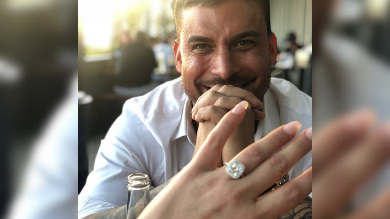 Illustration for article titled Vanderpump Rules' Jax Taylor and Brittany Cartwright Are Engaged