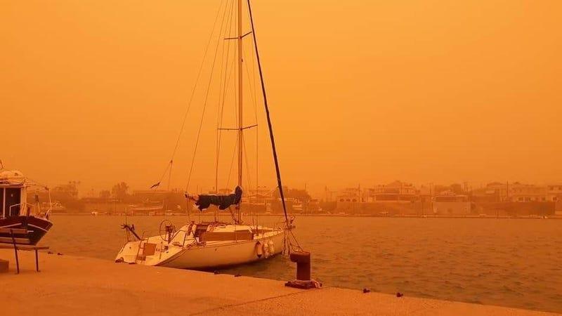 Illustration for article titled Una tormenta de arena convierte la isla de Creta en el escenario perfecto para rodar otra Blade Runner