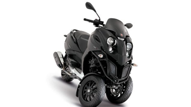 piaggio set to release 170mpg plug in hybrid scooters. Black Bedroom Furniture Sets. Home Design Ideas