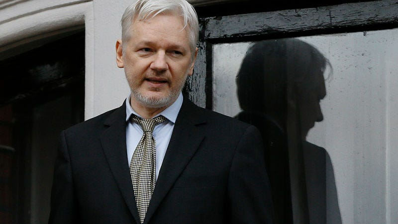 photo image Report: US to Seek Arrest of WikiLeaks Founder Julian Assange