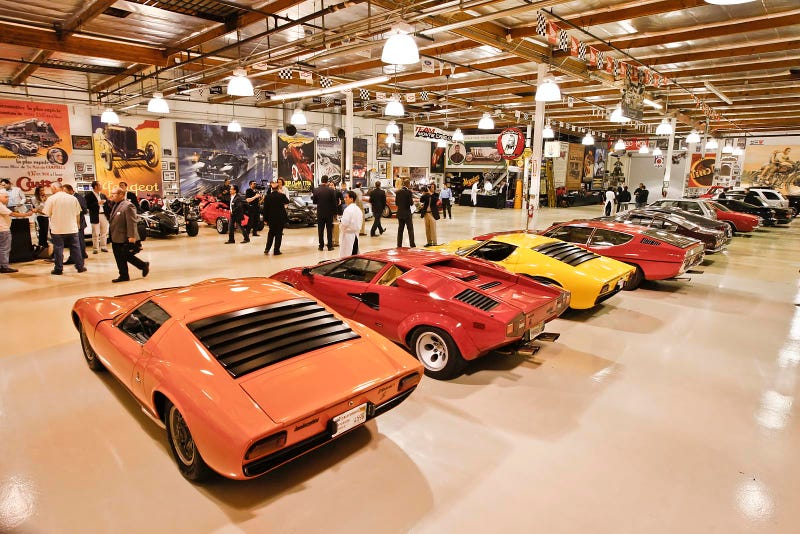 burbank envy a glimpse inside jay leno 39 s garage On j motors many la