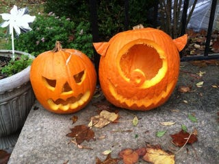 Illustration for article titled How To Carve A Pumpkin: A Guide For Terrible, Drunk Parents