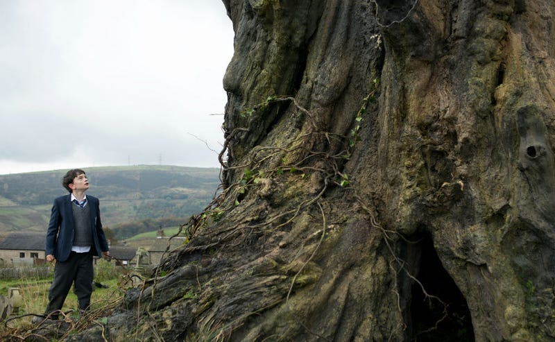 Illustration for article titled A Monster Calls Looks Like the Next Great Fantasy Fairy Tale Movie