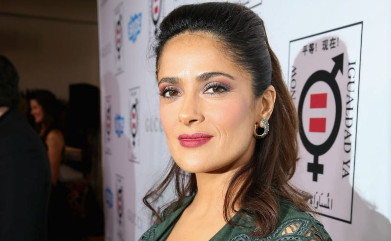 Illustration for article titled Salma Hayek Gets Award for Women's Equality, Says She's Not a Feminist