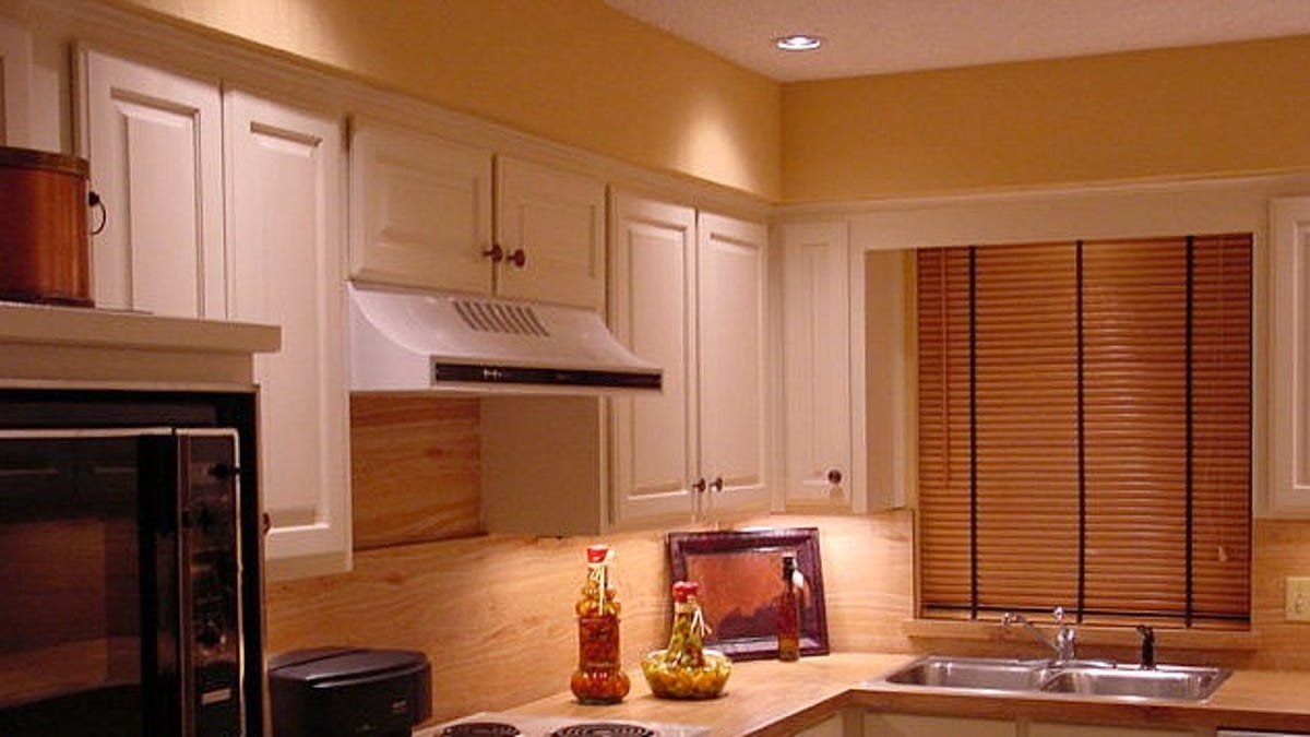 decorating a house.  How to Use Basic Design Principles Decorate Your Home