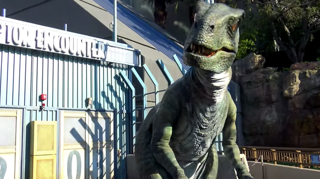 Go behind the scenes of Universal's newly updated Jurassic World ride