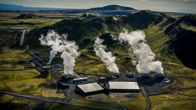 The World's Biggest Plant to Suck Carbon Dioxide From the Sky Is Up and Running