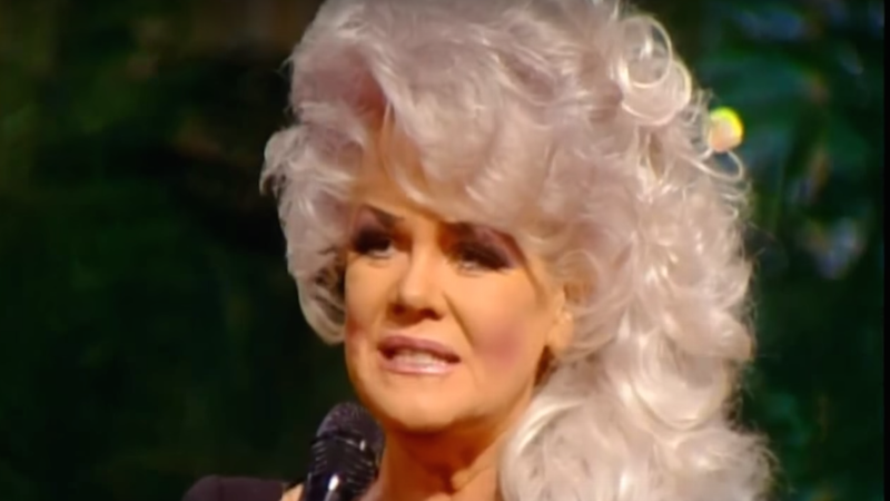 Illustration for article titled Jan Crouch, Lover of Purple Hair and Jesus Christ, Has Died