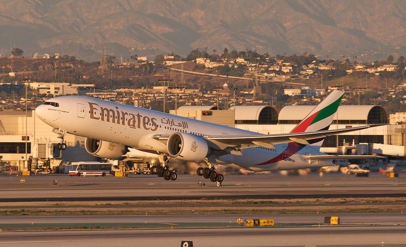 Illustration for article titled Un avión con más de 500 pasajeros es puesto en cuarentena en Nueva York porque muchos se sentían enfermos