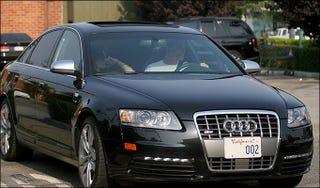 Illustration for article titled Daniel Craig Drives An Audi S6