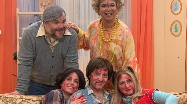 That Dog's Three's Company-perverting new video stars Jack Black and Maya Rudolph