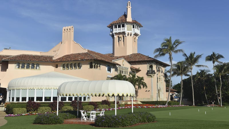 Donald Trump's Mar-a-Lago resort in Palm Beach, Florida. (Photo: Nicholas Kamm/AFP/Getty Images)