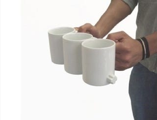Illustration for article titled Link Mugs: How Many Scalding Hot Beverages Can You String Together?