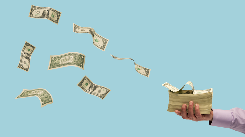 Illustration for article titled When to Use Cash Instead of Credit