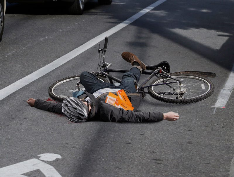 Illustration for article titled NYPD Tickets Dead Cyclist For Obstructing Bike Lane