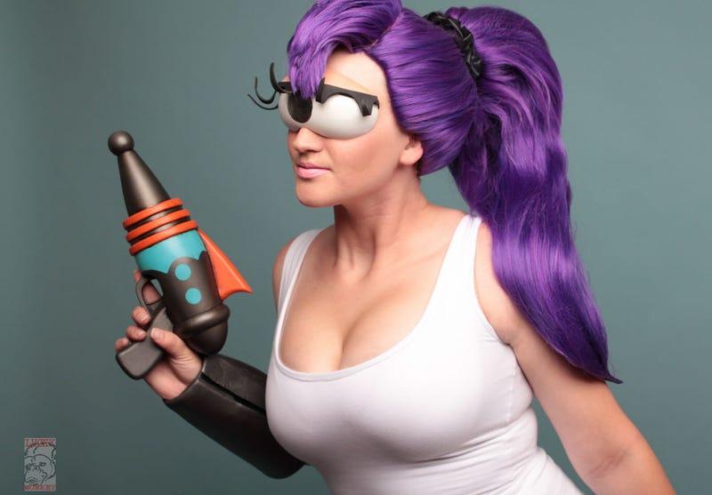 Cosplaying as Leela from Futurama isn't as easy as it, ahem, looks ... Leela Costume