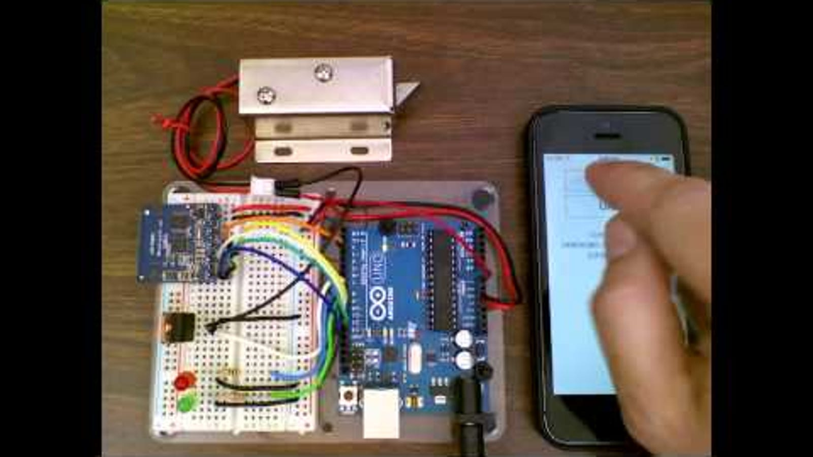Unlock A Door With An Arduino And Your Smartphone 10 Code Electric Combination Lock Electronic Circuits