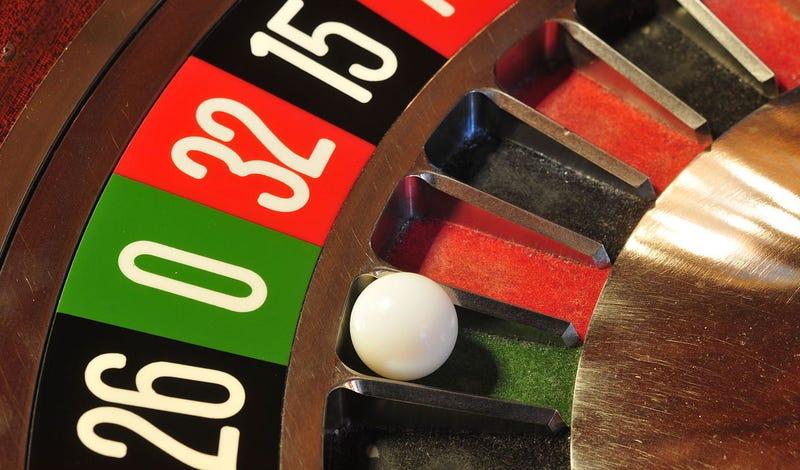 Illustration for article titled Así fue como un médico logró ganar millones de dólares en la ruleta de los casinos de medio mundo