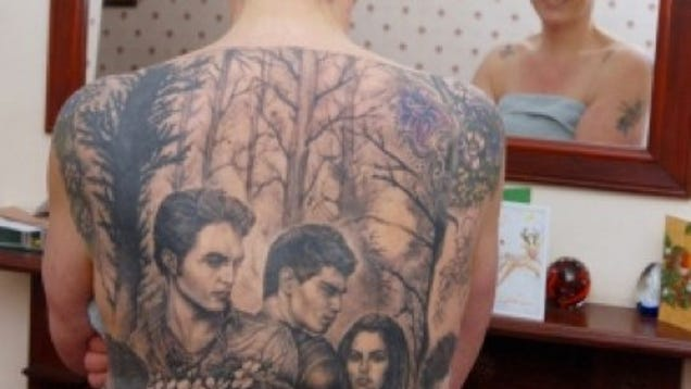 World 39 s biggest twilight back tattoo for Twilight movie tattoo