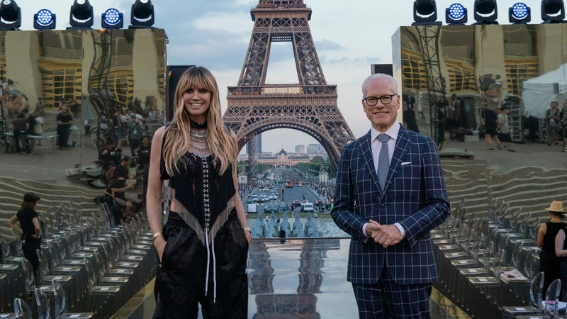 Illustration for article titled Tim Gunn and Heidi Klum's new fashion series has finally been revealed