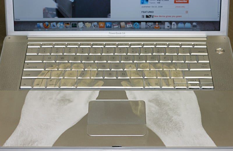 Illustration for article titled Laser-Etched Powerbook Ensures Hands Never Leave the Keyboard, Ever