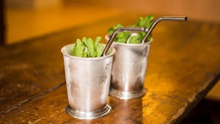 "Illustration for article titled Why Bartenders ""Smack"" Mint Before Adding It to a Cocktail"