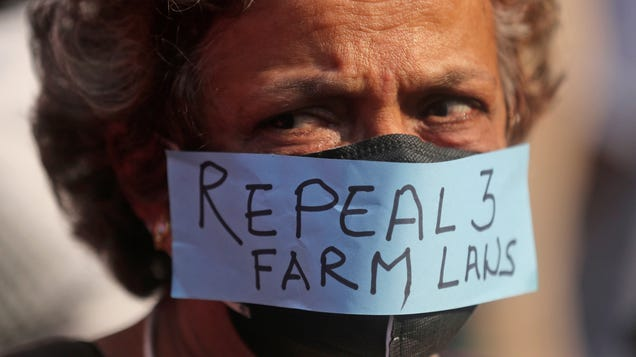 Twitter Blocks Hundreds of Accounts Tied to Protests by Farmers in India