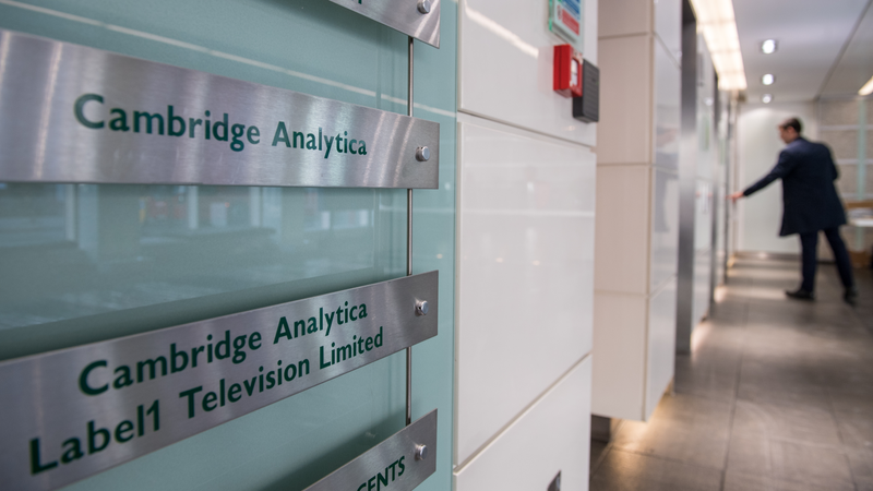 Illustration for article titled Cambridge Analytica Is Shutting Down [Updated]