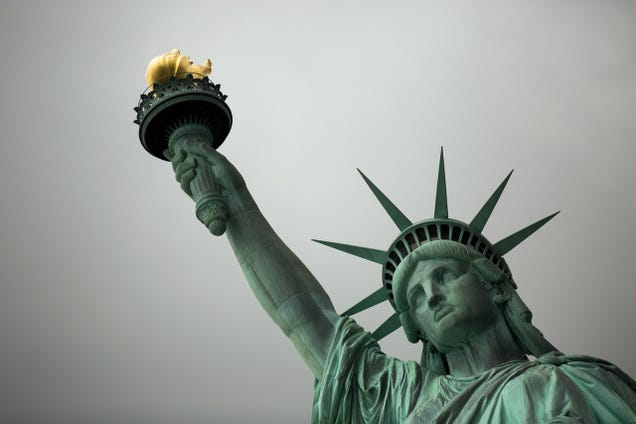 US Homeland Security Will Start Collecting Social Media Info On All Immigrants October 18th