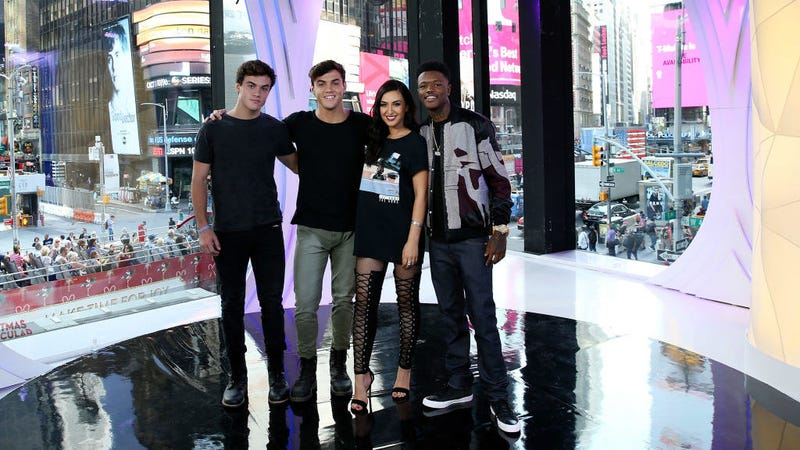 The new hosts of TRL / Image via Getty