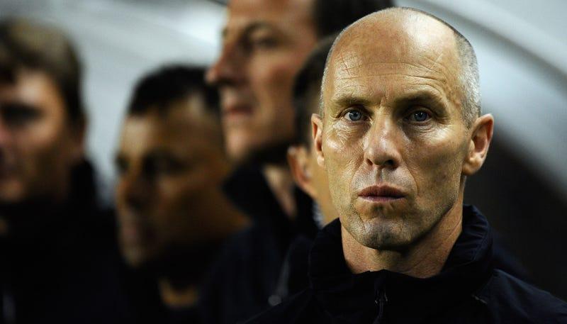 Illustration for article titled Bob Bradley's Le Havre Miss Out On Promotion To Ligue 1 By One Goal