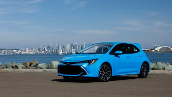 Illustration for article titled Pricing and Mileage for the 2019 Toyota Corolla Hatchback is here