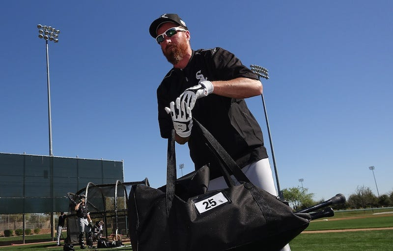 Illustration for article titled Adam LaRoche Says White Sox Asked Him To Stop Bringing His Son To The Clubhouse Altogether