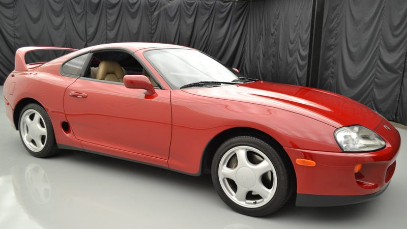 Illustration for article titled This Super Clean 1994 Toyota Supra Could Top $90,000