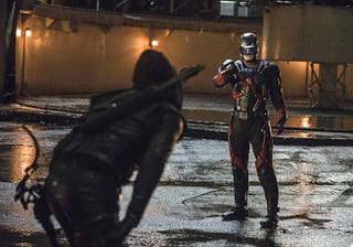 Illustration for article titled Arrow and Atom finally face off in promo pics of Suicidal Tendencies