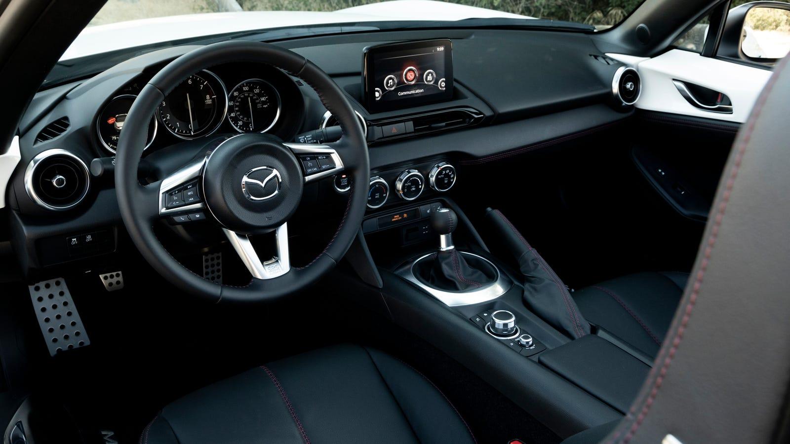 A Majority Of Mazda Miata Buyers Still Want A Manual Transmission