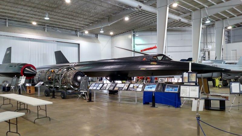 Illustration for article titled Ever hear that SR-71 speedcheck story?