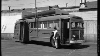 """Illustration for article titled San Francisco's 1958 """"Cyclone"""" Bus Duster"""
