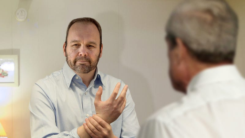 Illustration for article titled 'Don't Make Me Regret This,' Mueller Tells Rick Gates Before Uncuffing Him To Work On Investigation Together
