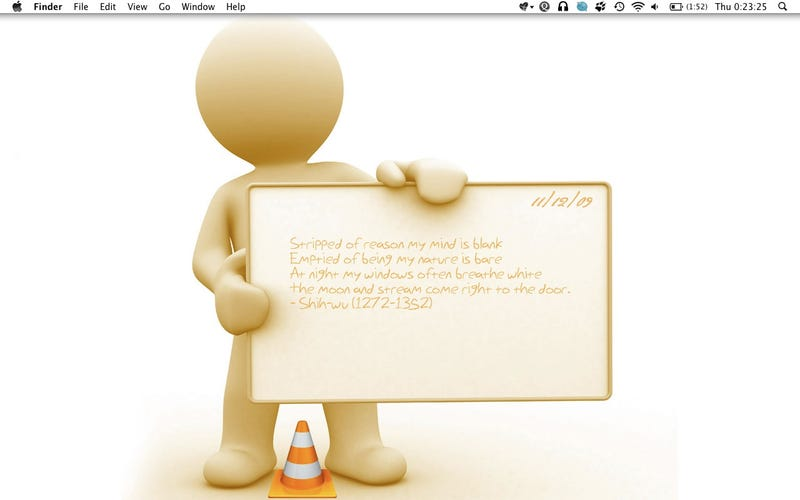 Illustration for article titled The Gingerbread Announcer Desktop