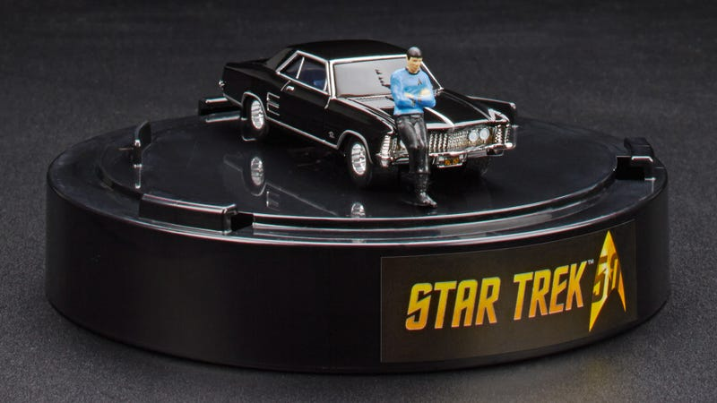 Illustration for article titled A Tiny Spock Leaning on a 1964 Buick Riviera Is the Best Hot Wheels Car Ever