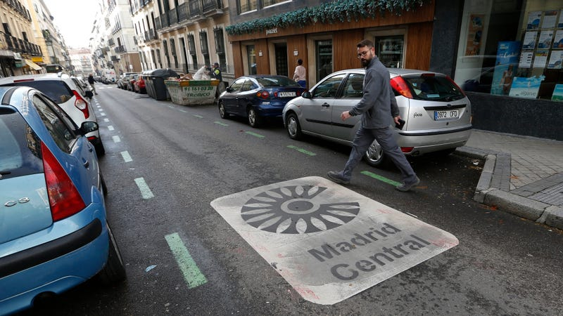 Illustration for article titled Madrid's Car Ban Flip-Flop Shows Just How Much People In Big Cities Love Banning Cars