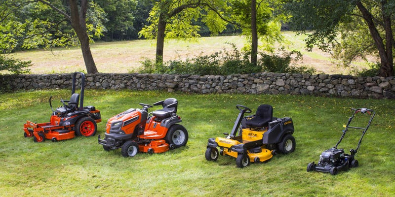Illustration for article titled Choosing Best Mower to Mow the Hills