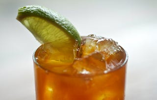 Illustration for article titled Thanksgiving Meets the Tropics With the Pumpkin Pie Spice Dark & Stormy