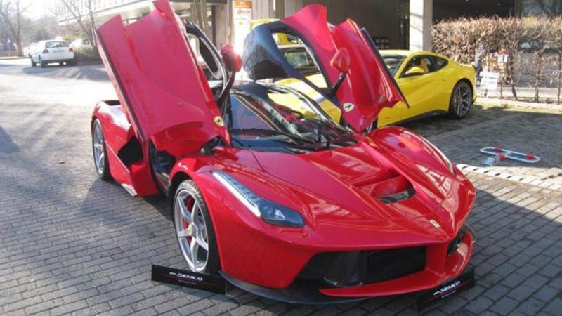 Illustration for article titled Is This The First Used LaFerrari For Sale For $3.2 Million?