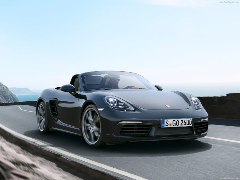 Illustration for article titled 2017 Porsche 718 Boxster: This is it