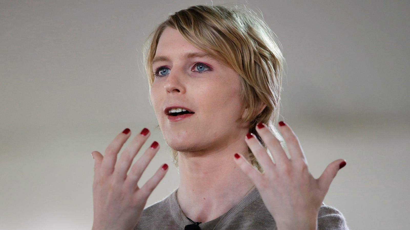 Chelsea Manning Files Documents to Run For Senate