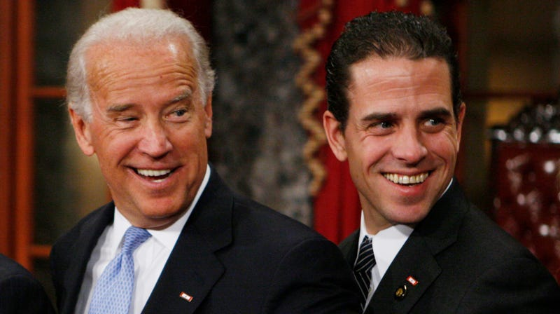 Illustration for article titled Hunter Biden Sure Is a Messy Bitch