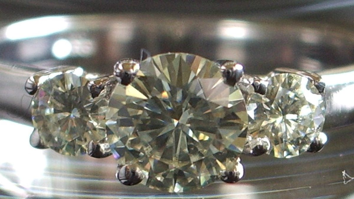 with disrupt arrows different industry disruptors quality but hearts and malaysia completely similar see diamonds of can example fledged jewellers low zcova full now a carat too jewellery grade you diamond shape