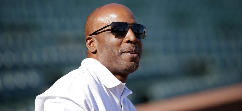 Illustration for article titled Barry Bonds's Obstruction Of Justice Conviction Tossed Out
